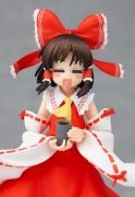 Touhou_Reimu_Figma3